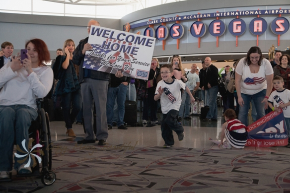 OpLove, Las Vegas Military Family Photographer, Welcome Home